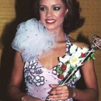 "Vanessa Williams fue ""Miss Estados Unidos"" en 1984, pero le quitaron la corona por posar desnuda. Foto: vía Getty Images"
