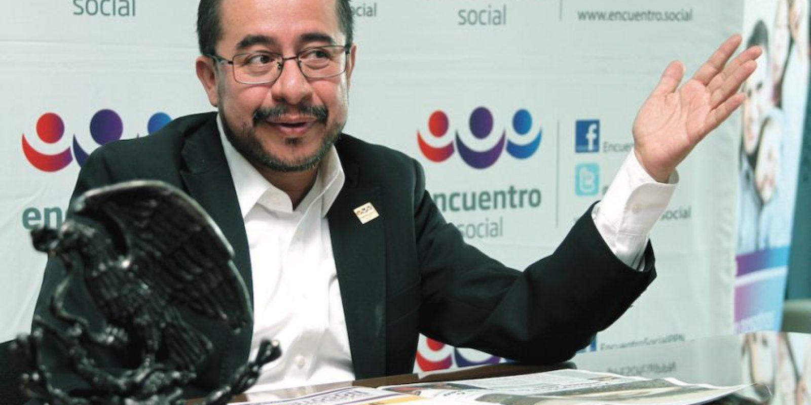 Hugo Eric Flores Cervantes se manifestó a favor de las candidaturas independientes Foto:Nicolás Corte