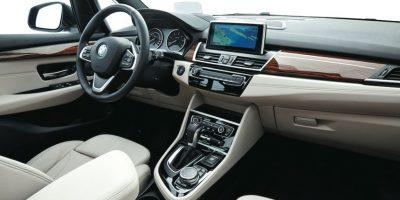 La posición de manejo se obtiene de manera inmediata y correcta. Foto:BMW