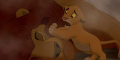 Pero antes, matan a Mufasa y lo que le pasa a Simba luego es lo peor. Foto:vía Disney