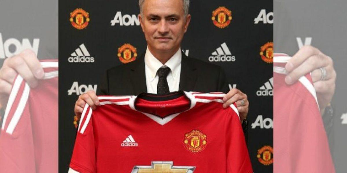 Manchester United confirma a José Mourinho como su nuevo DT