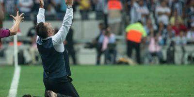 Mohamed le prometió a su hijo Farid el título de Monterrey Foto:Getty Images