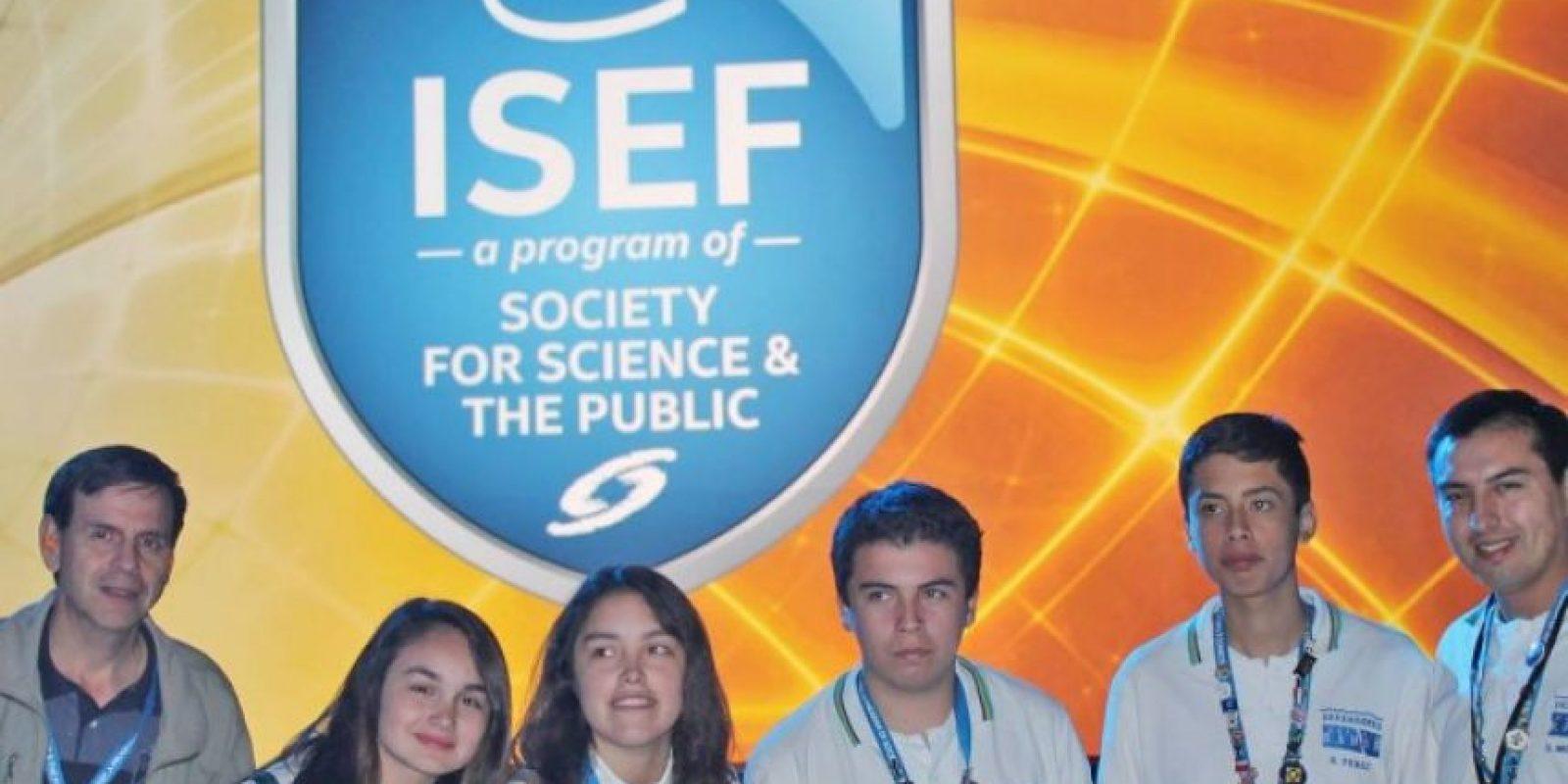 Como premio recibieron un diploma de reconocimiento y la suma de 5 mil dólares. Foto:www.santacruzlaja.cl