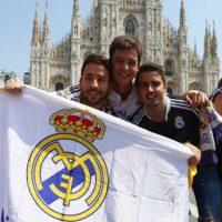 Para demostrarle su apoyo y amor a sus clubes. Foto:AFP