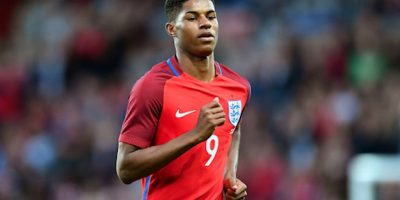 Marcus Rashford, de 18 años, anotó su primer gol con la selección inglesa a los tres minutos de juego. Foto:Getty Images