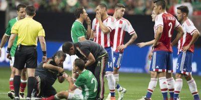 El mediocampista mexicano sufrió una lesión en la mano izquierda. Foto:Mexsport