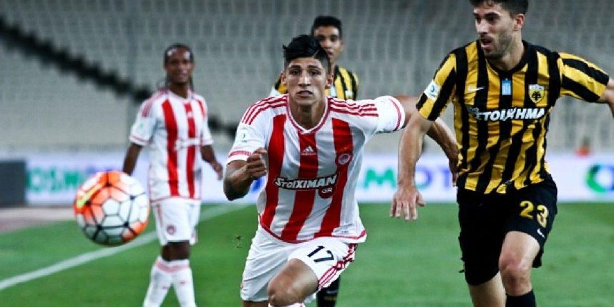 Secuestran a futbolista mexicano del Olympiacos