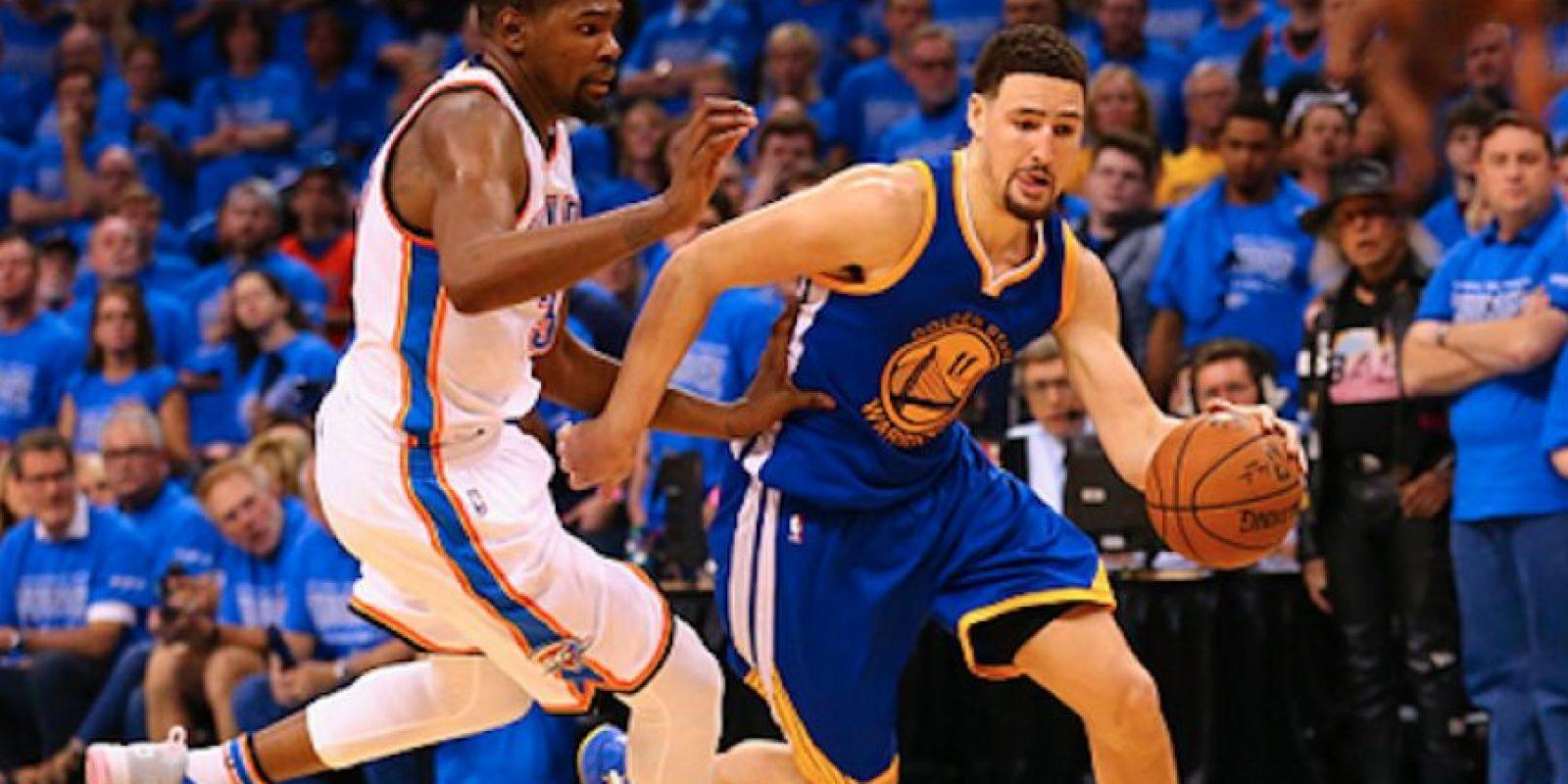 Klay Thompson fue el heroe de los Warriors la noche del sábado. Foto:Getty Images
