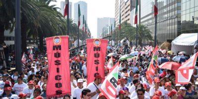 Los simpatizantes se reunieron en la explanada del Monumento a la Revolución Foto:Especial