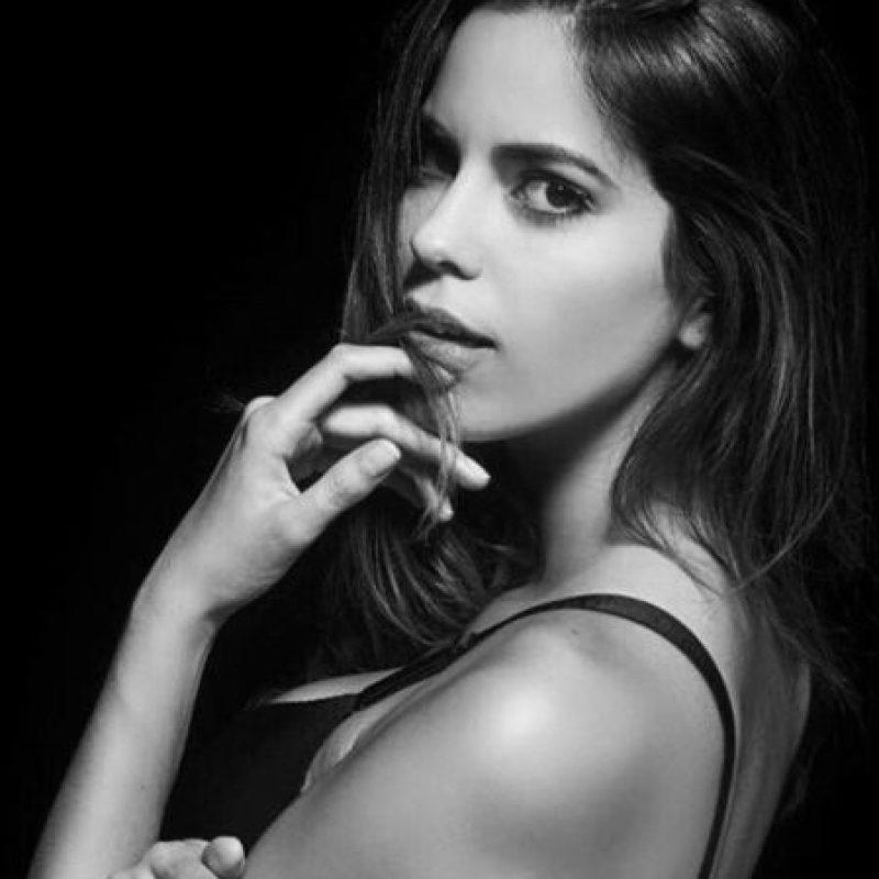 La bella modelo se prepara para viajar en diciembre y representar a Perú en Miss Universo 2016. Foto:Vía Instagram/@valepiazzav