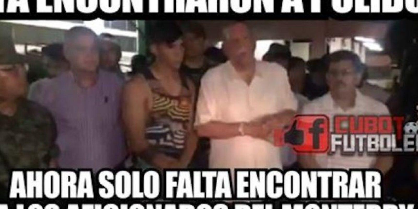 Alan Pulido ya apareció… y también los memes Foto:Facebook