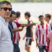 Jorge Vergara quiere narradores serios para las Chivas Foto:Mexsport