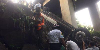 Los socorristas trabajaron durante casi dos horas y media para extraerlo. Foto:Grupo Emisoras Unidas