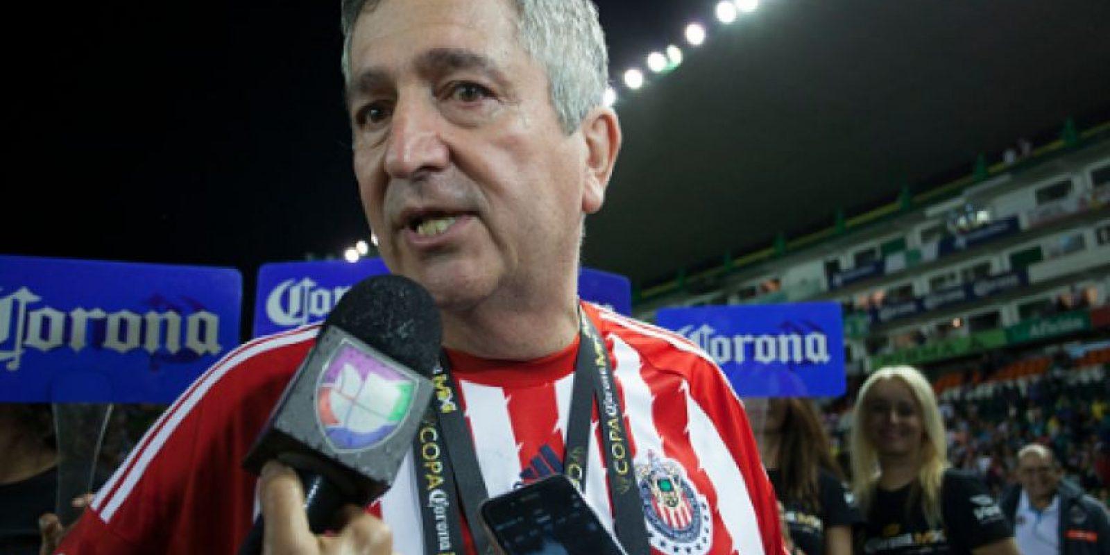 Jorge Vergara quiere narradores serios para las Chivas Foto:Getty Images