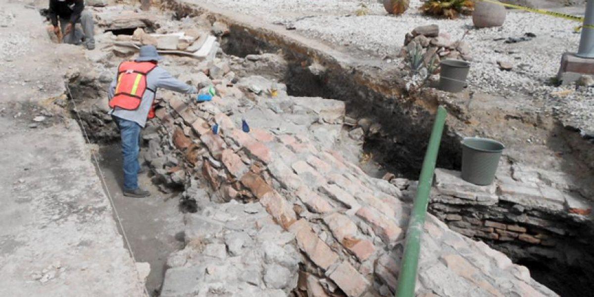 Expertos del INAH rescatan primera obra hidráulica de Querétaro