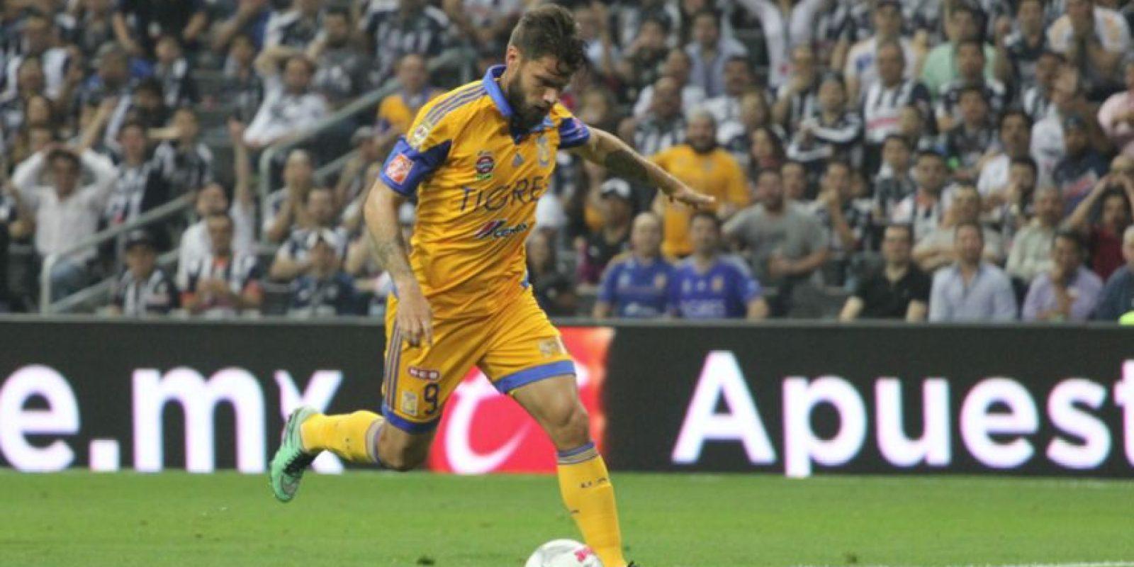 Rafael Sobis es pretendido por Cruzeiro. Foto:Israel Salazar