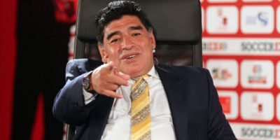 Maradona teme por la vida del Papa Francisco Foto:Getty Images