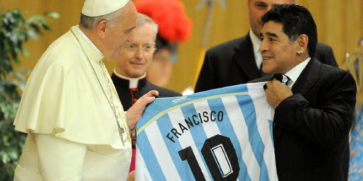 Maradona revela que teme por la vida del Papa Francisco