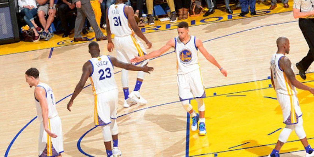 Golden State gana el primer juego de la Final ante Cavaliers