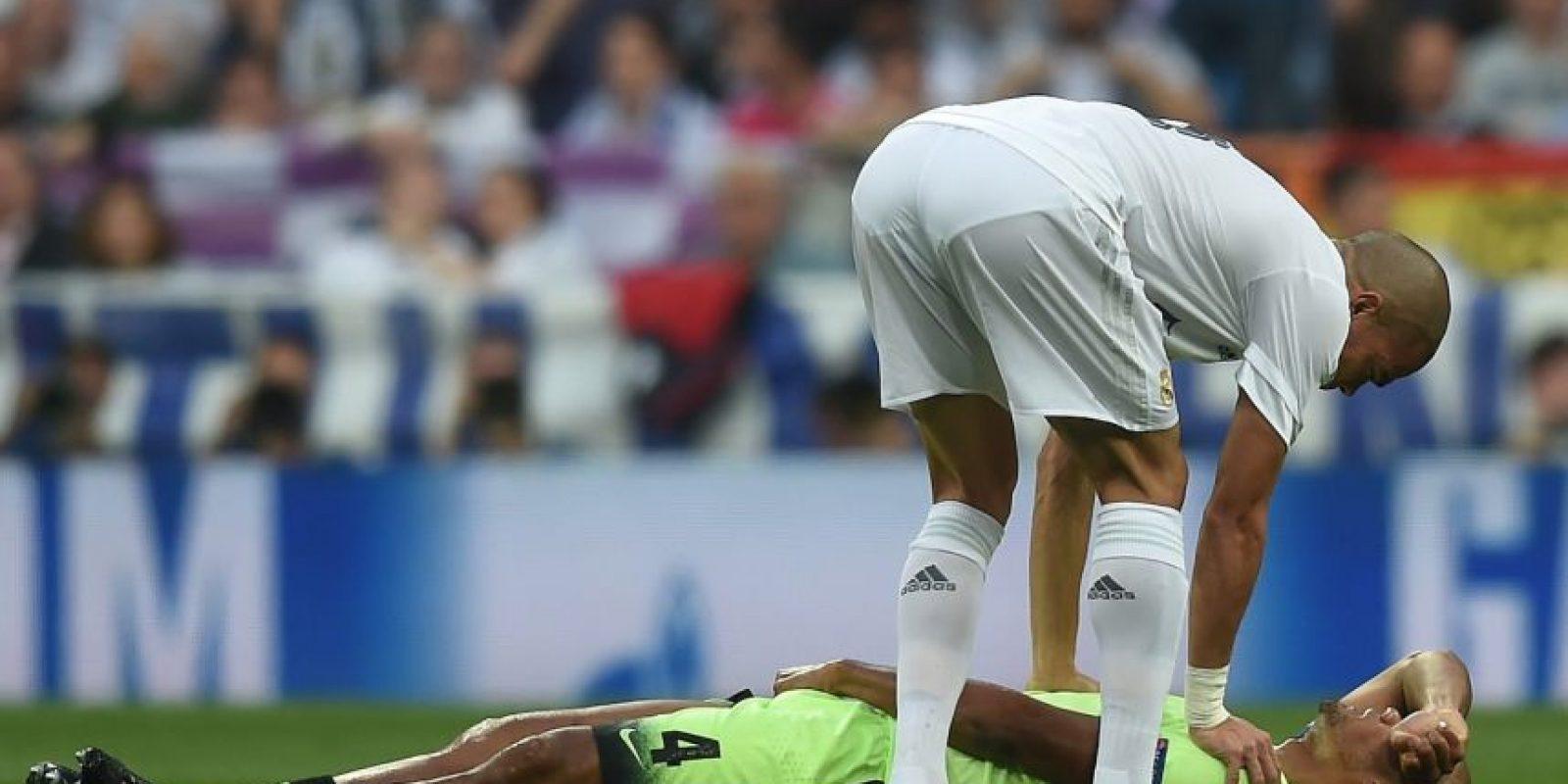 Ha sufrido durante toda la temporada con las lesiones muscular y la última la sufrió a los nueve minutos del partido de vuelta de las semifinales ante Real Madrid. El belga no ha estado en condiciones físicas y es muy probable Foto:Getty Images