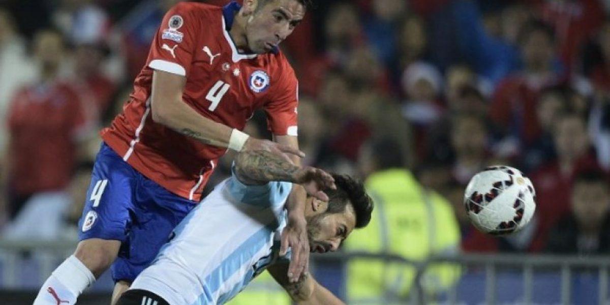 Argentina vence al campeón Chile