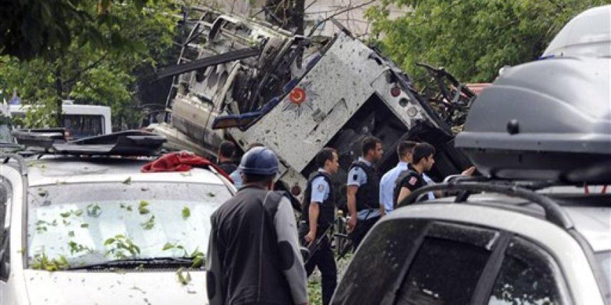 Auto bomba en Estambul deja 11 muertos