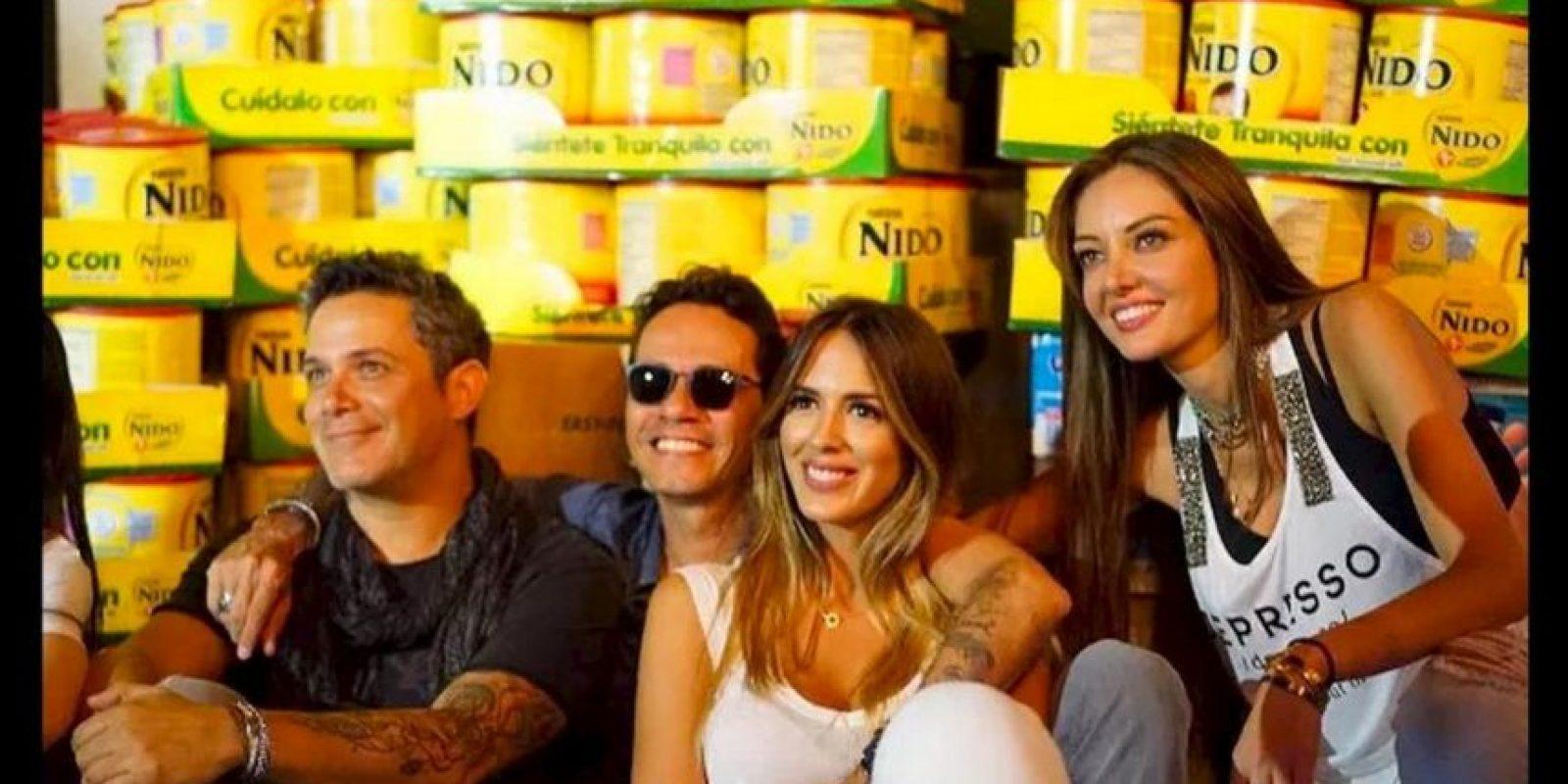 A la campaña de recolección de insumos se unieron ceñebridades de la talla de Ana María, Marc Anthony y Alejandro Sanz. Foto:comparteporunavida.com