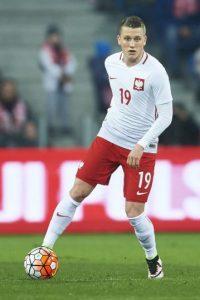 Titular indiscutido en Empoli, a sus 22 años está consiguiendo su puesto en Polonia y la Eurocopa podría ser el paso para que dé el gran salto en el fútbol del Viejo Continente y termine fichando por uno de los grandes. Foto:Getty Images
