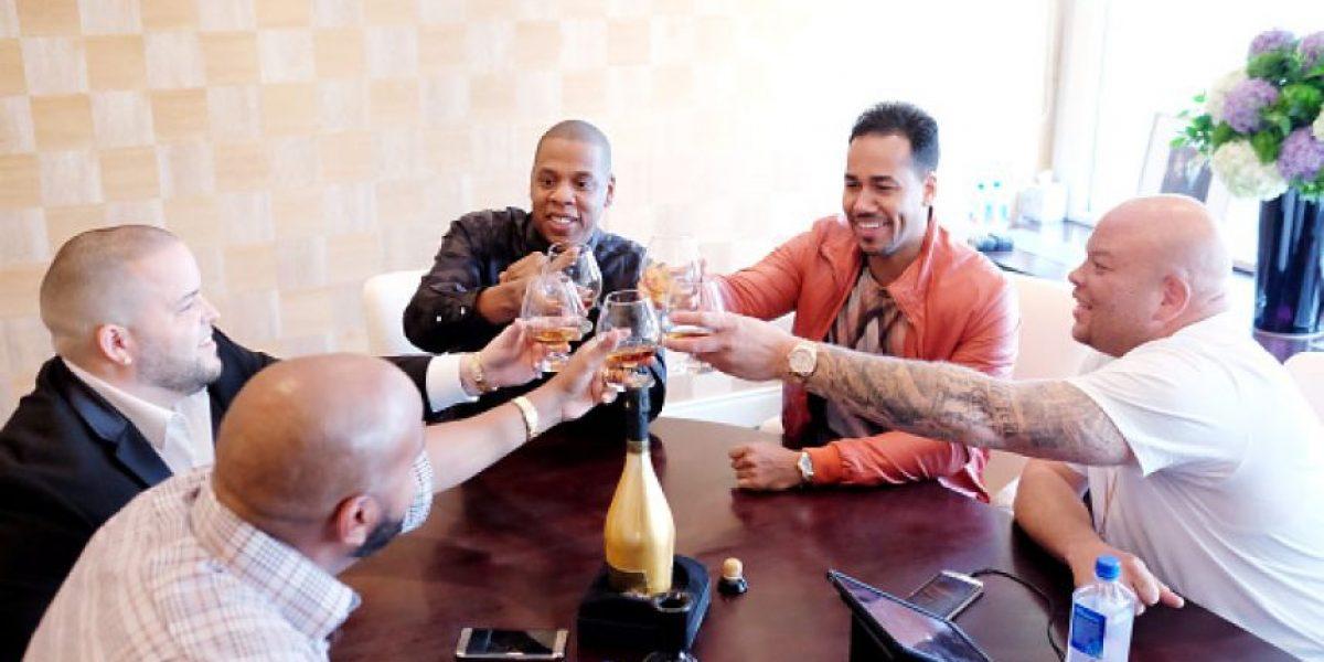 Romeo Santos y Jay Z se vuelven socios para apoyar el talento latino