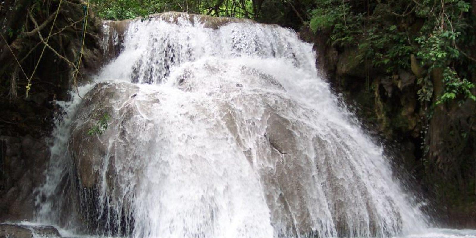 A una hora y media, aproximadamente, de viaje desde Huatulco, puedes visitar las cascadas de Copalitilla, ubicadas en San Miguel del Puerto, que se encuentran rodeadas de plantaciones de café. Foto:Dreamstime
