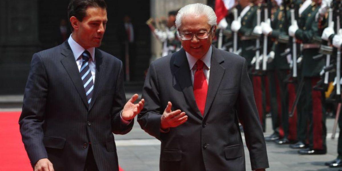 Peña Nieto recibe al presidente de Singapur en Palacio Nacional