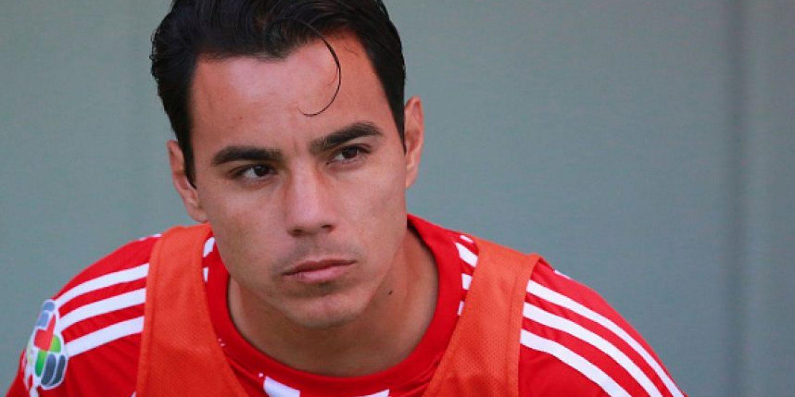Omar Bravo se quedará en Chivas para el siguiente torneo Foto:Getty Images