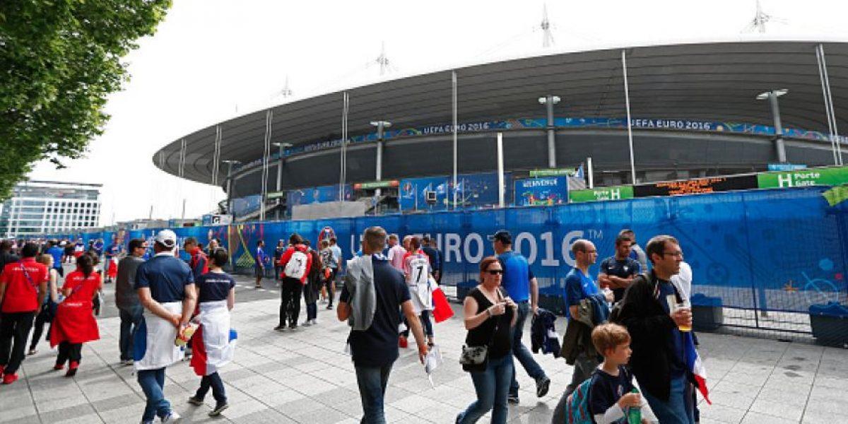Sorpresivo desalojo en sala de prensa del Stade de France, previo a la Euro