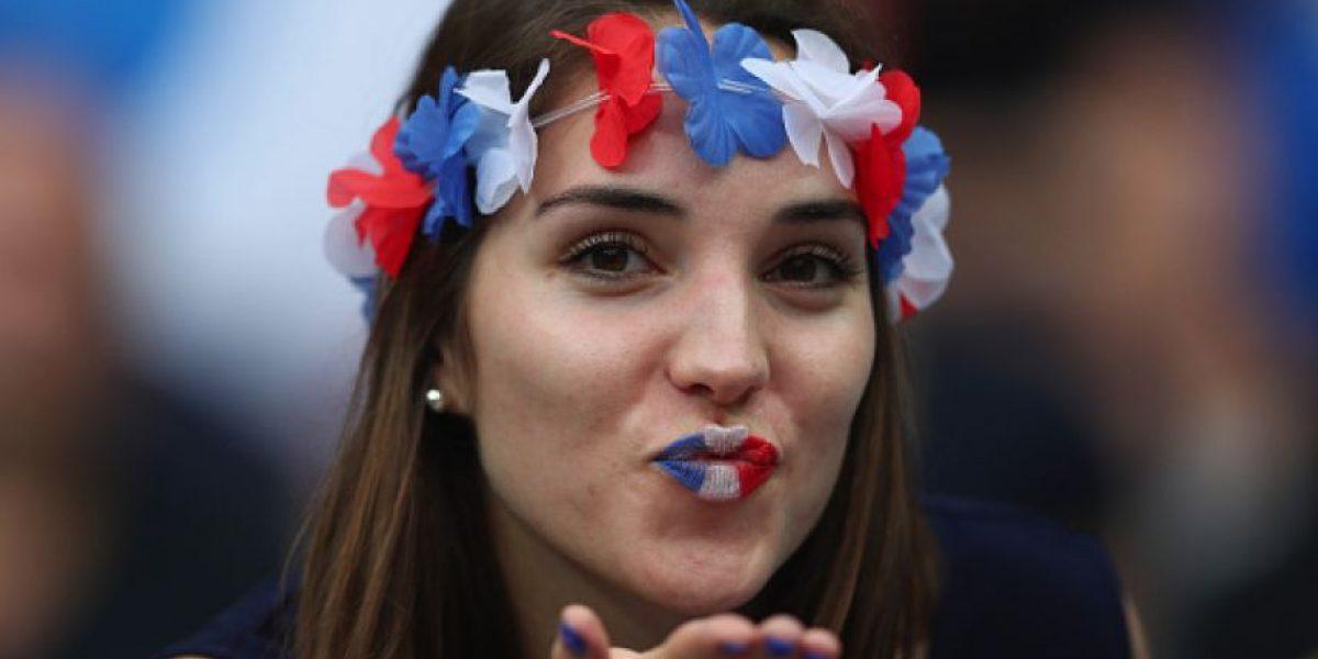 FOTOS: La belleza no podía faltar en el primer día de la Eurocopa