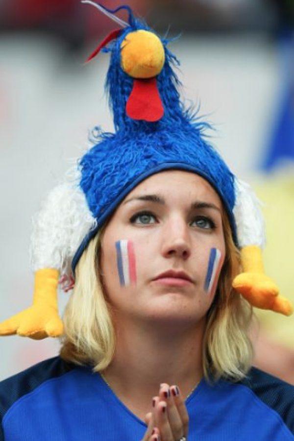La belleza también se hizo presente en la Eurocopa Foto:AP