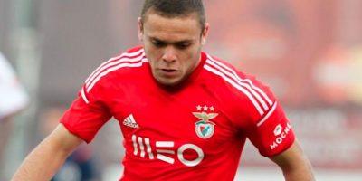 Tiene 22 años y procede del Deportivo la Coruña. Foto:Twitter