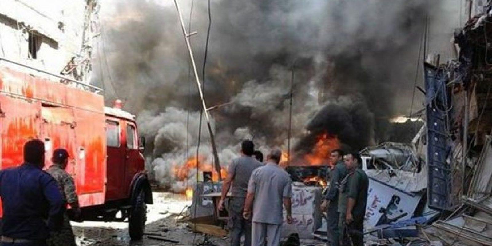 SANA atribuyó la primera explosión a un atacante suicida con un chaleco explosivo en la entrada del distrito de Ziabiye e informó que la segunda se había debido a un automóvil bomba en la calle al-Tin. Foto:AP/ Archivo