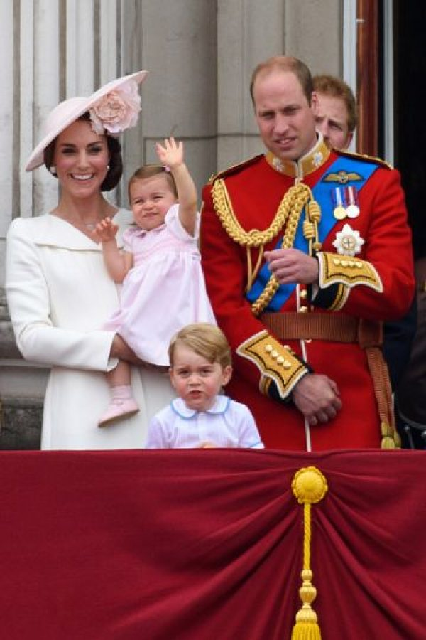 Las ceremonias en el balcón del Palacio de Buckingham son las más glamurosas de la Familia Real Británica Foto:Getty Images