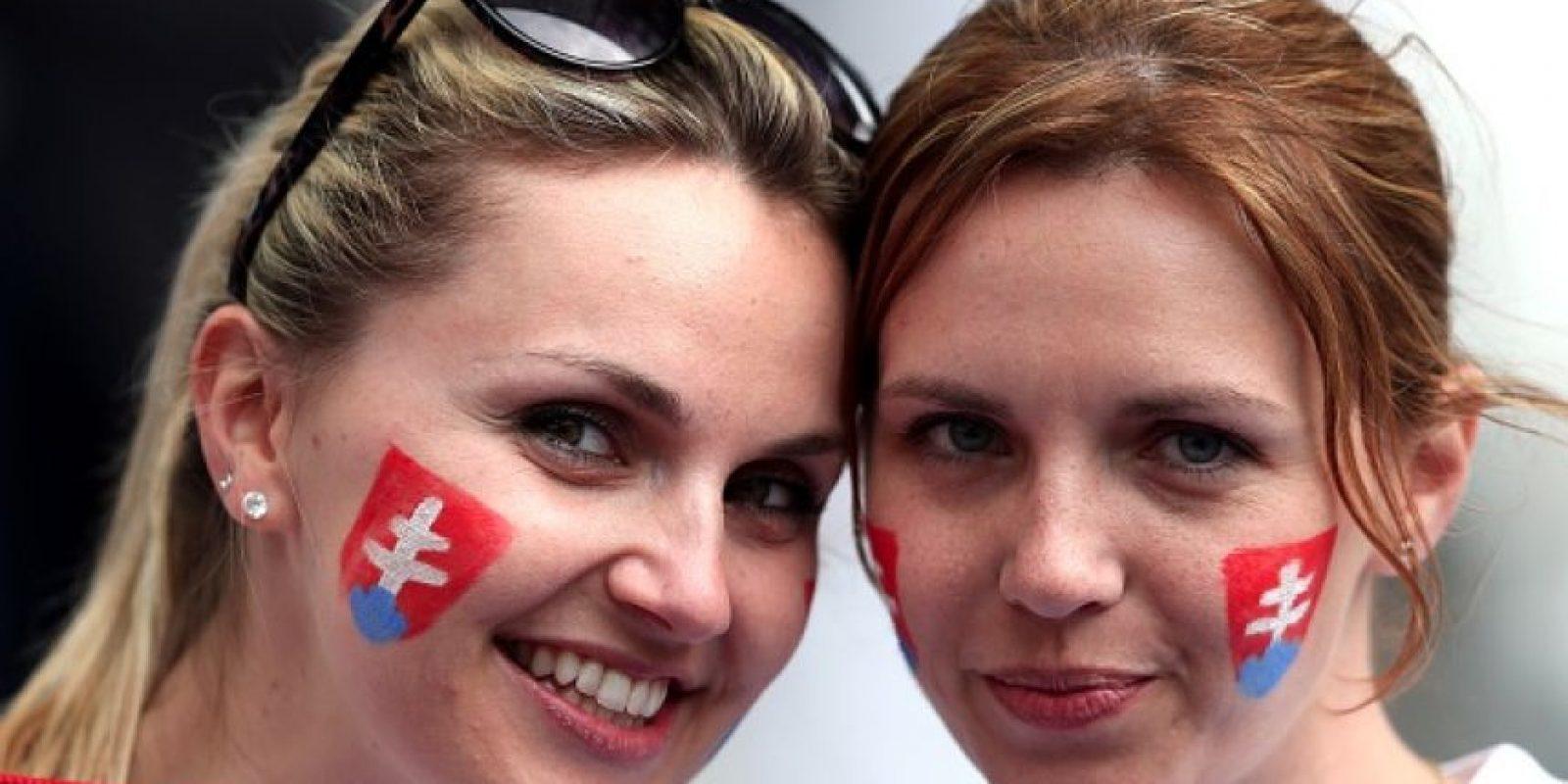La belleza se hizo presente en la Eurocopa Foto:Getty Images