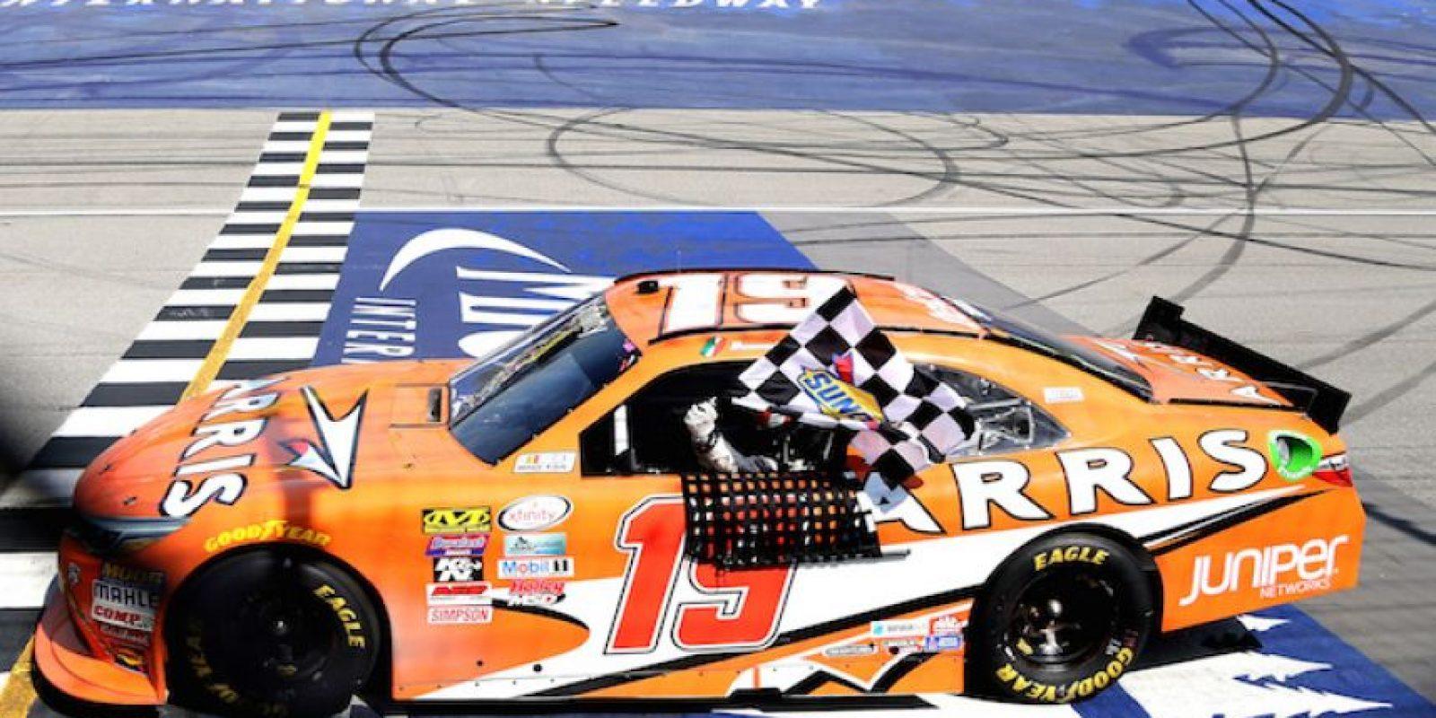 Daniel Suárez, primer mexicano en ganar carrera NASCAR Foto:Getty Images
