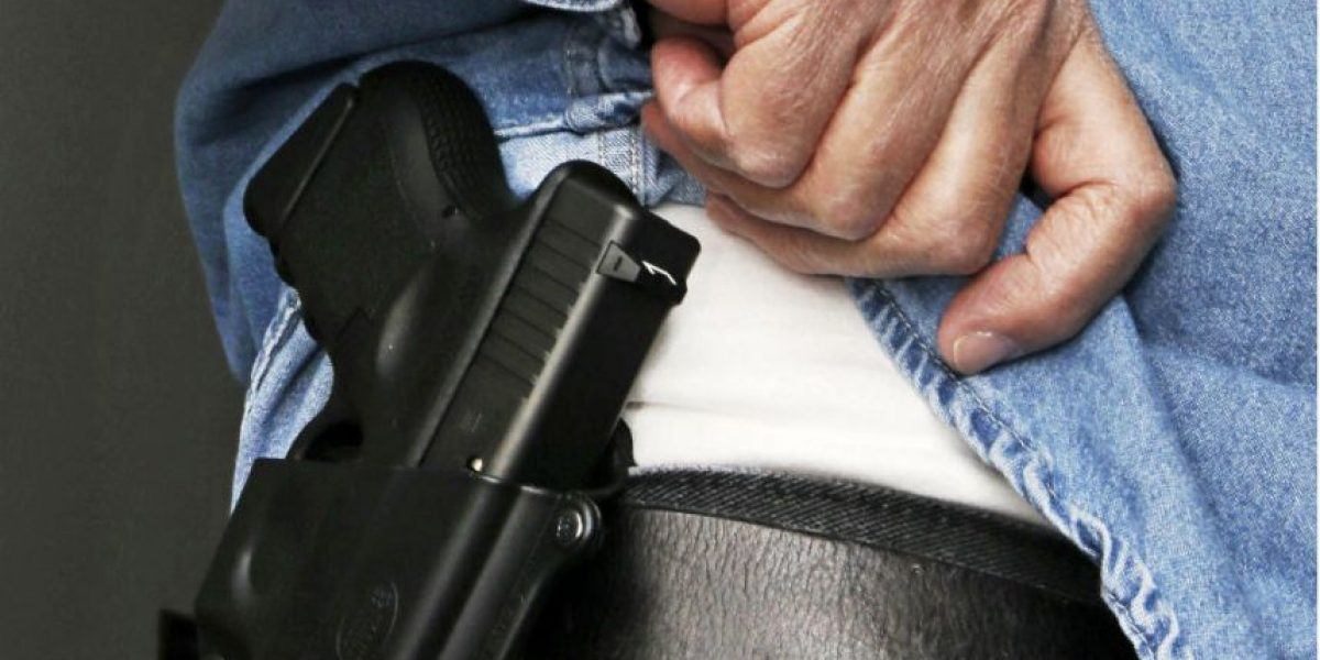 A un día de la matanza en Orlando suben acciones de fabricantes de armas