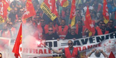 Las manifestaciones fueron convocadas por los sindicatos franceses para obligar al gobierno a retirar su proyecto de ley sobre reforma de la ley del trabajo. Foto:AP/Archivo