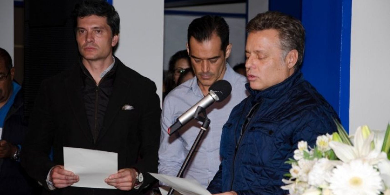 Con una misa se dieron inicio a las grabaciones de la nueva producción de Televisa Foto:Televisa