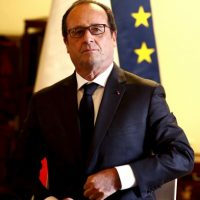 El presidente Francois Hollande pidió a sus ciudadanos estar alerta. Foto:AP