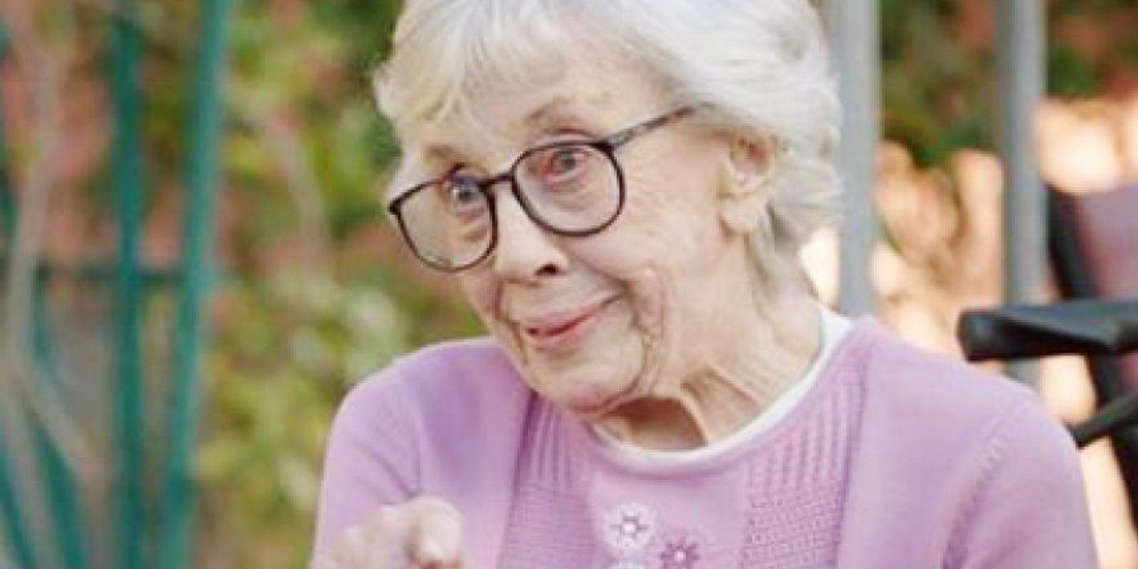 La actriz Ann Morgan Guilbert quien daba la abuela Yetta inició su carrera en 1959 Foto:AP