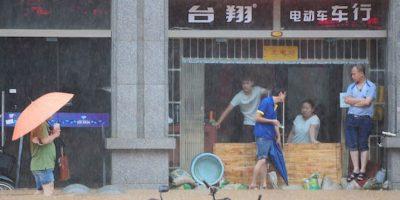 En la provincia de Jiangxi, al menos 21 mil personas han sido reubicadas y otras 10 mil necesitan asistencia urgentemente por el desbordamiento de ríos y aludes de tierra, lodo y rocas. Foto:Getty Images/ Archivo