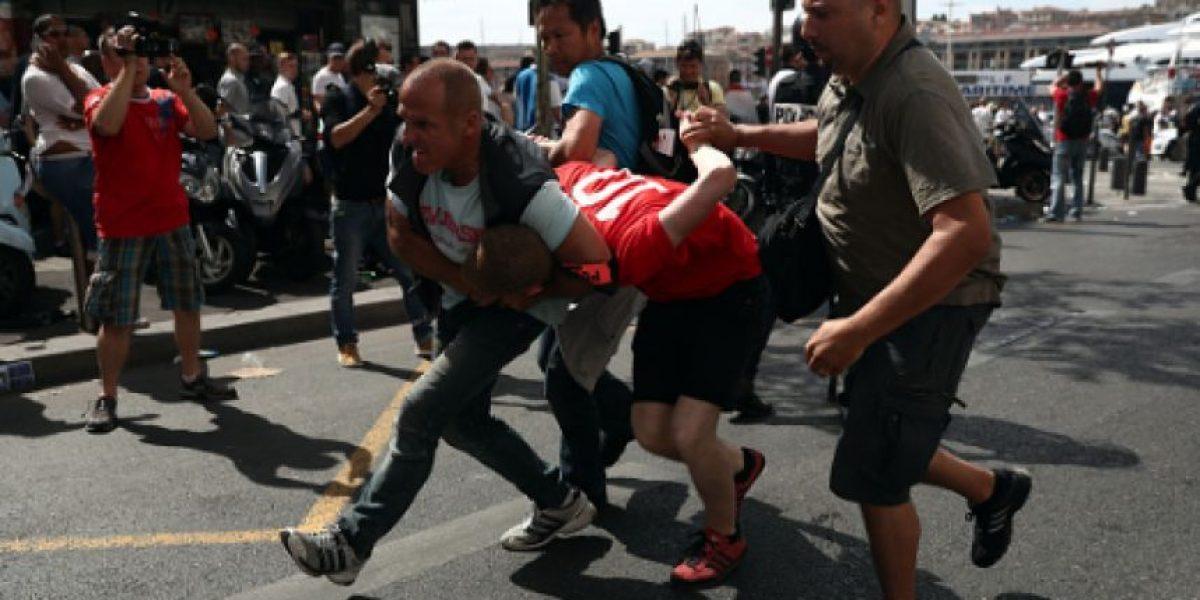 VIDEO: Así se prepararon los hooligans rusos para asistir a la Euro