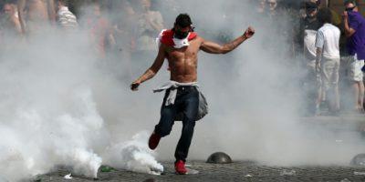 Detienen a aficionados rusos que causaron disturbios en la Eurocopa Foto:Getty Images