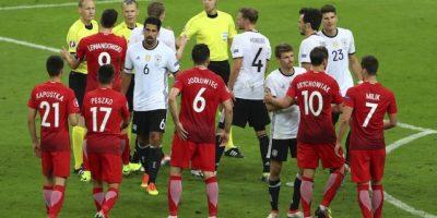 Con el empate, ambas selecciones llegan a cuatro unidades en el Grupo C. Foto:AP