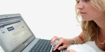 Las mujeres son acosadas todos los días en Internet. Foto:Getty Images